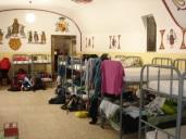Voor overnachten in een refugio (dit is in Samos) is een pelgrimspaspoort noodzakelijk
