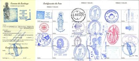 Pelgrimspaspoort uitgegeven door de 'Amigos del Camino de Santiago' in Astorga.