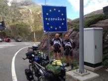 Stef en Henk hebben de Col du Somport bedwongen.